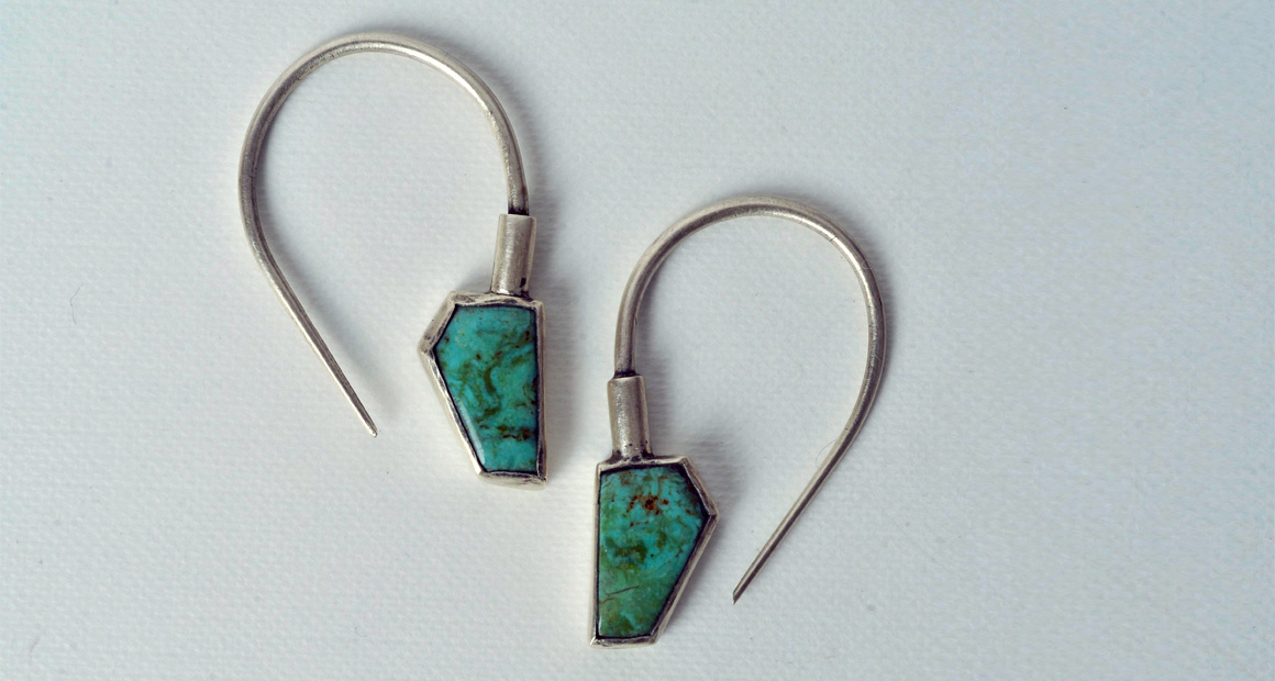 Oxidized silver earrings with turquoises